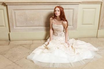 white leaf weddings